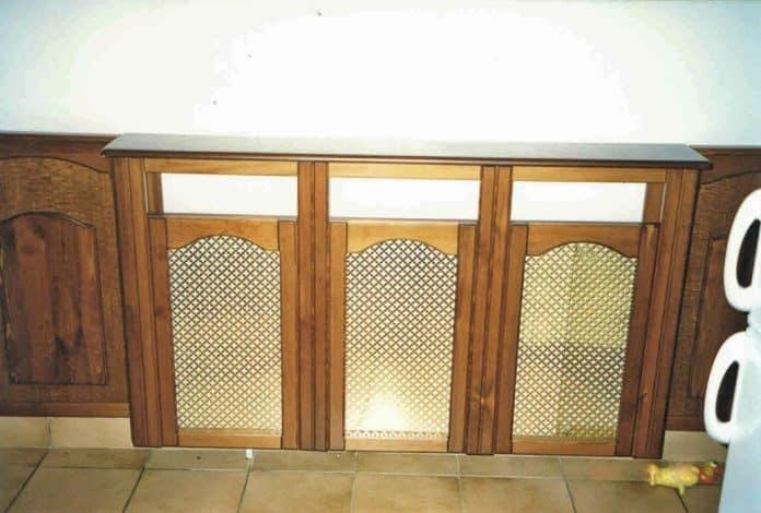 radiátorburkolat három részes fémrács betéttel