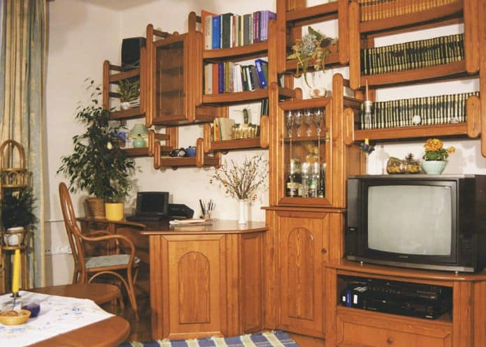 Beépített nappali fal