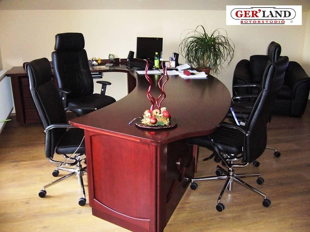 Íróasztal - tárgyalóasztal