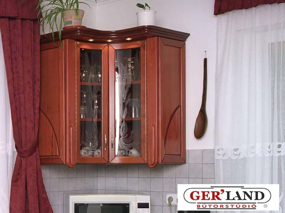 Belső ives sarok szekrény a konyhában