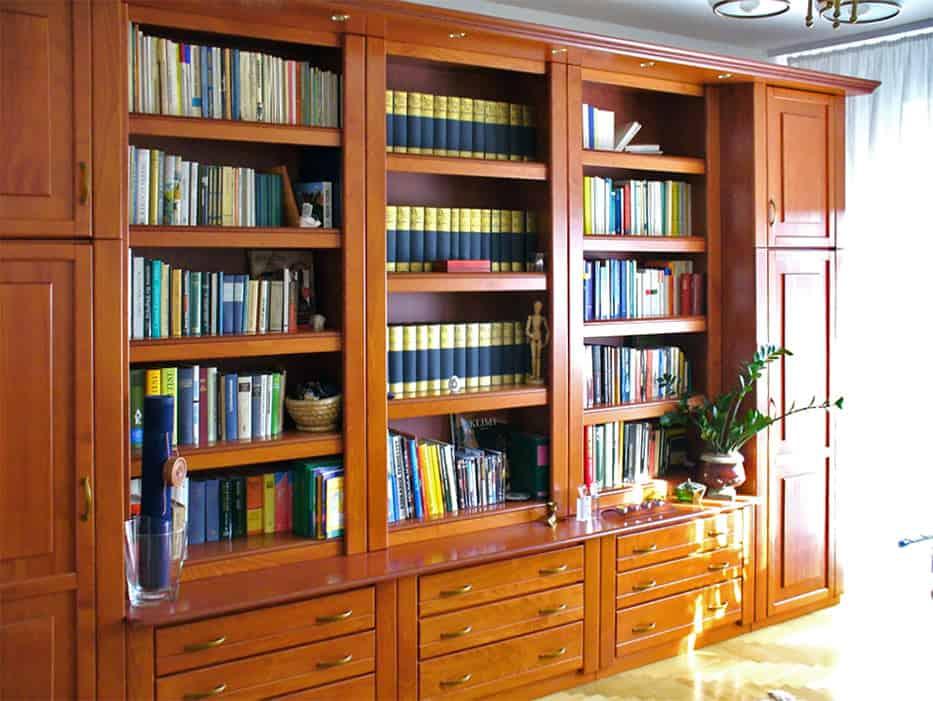 Könyvszekrény