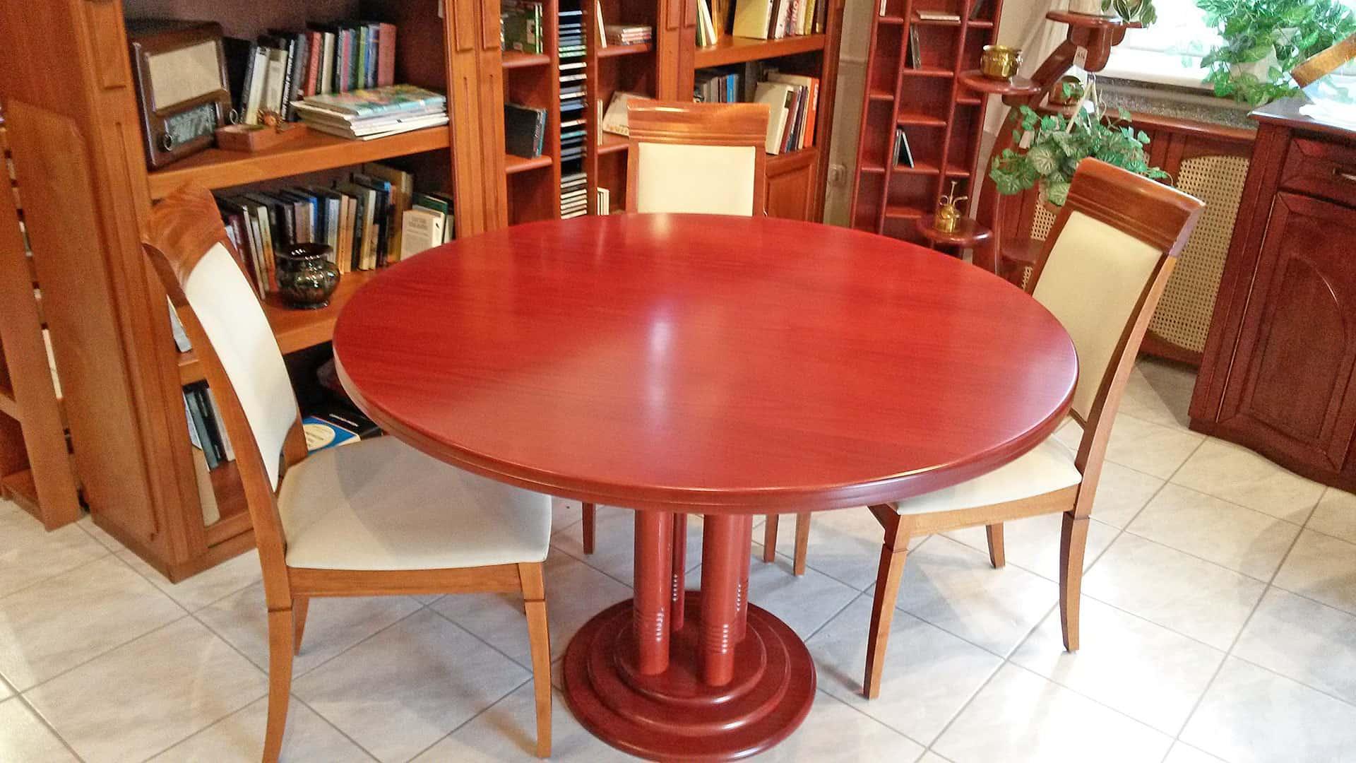 kerek étkezőasztal