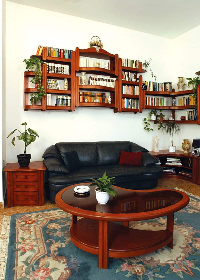 fali könyvespolc