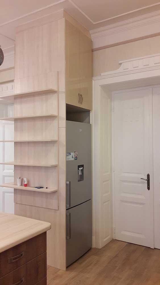 konyhabútor hűtőbeépítéssel
