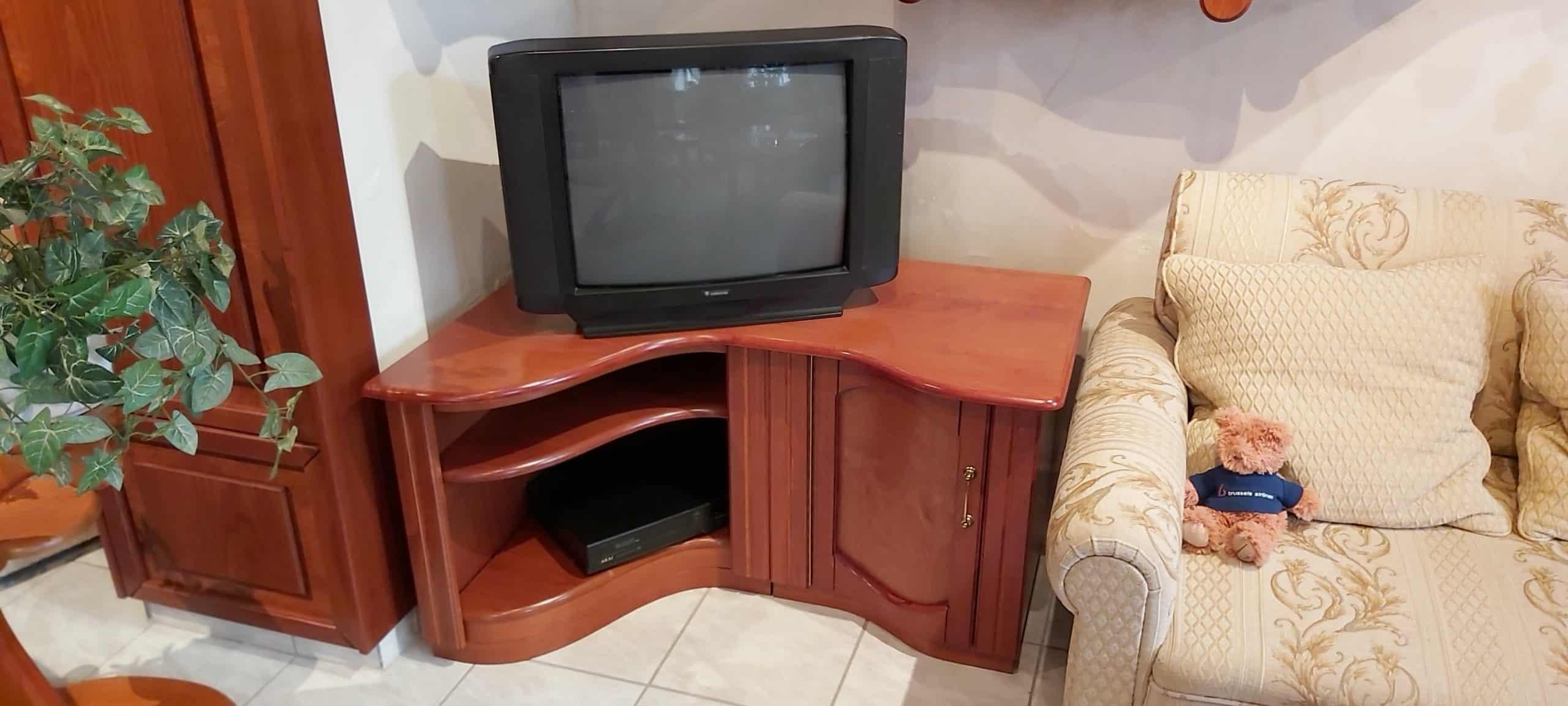 sarok-tv-szekreny-n-046